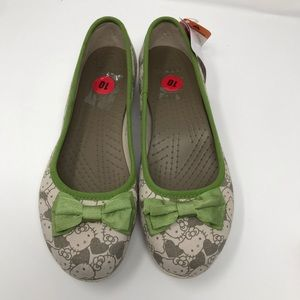 418bab4dc CROCS Shoes - Limited Edition Crocs Hello Kitty Tan Shoes Sz 10